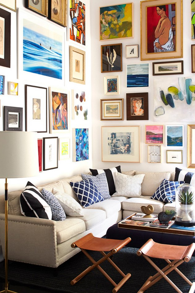 modern small space decorating ideas gallery wall art