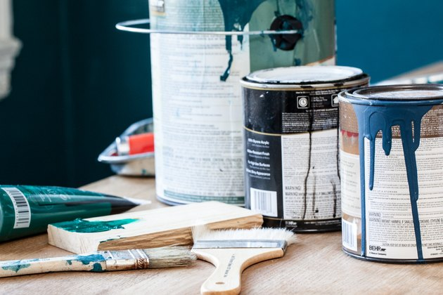 How to Balance Wall & Wainscot Paint Colors