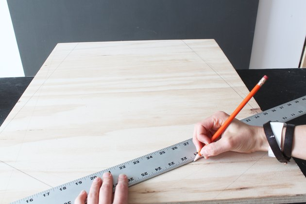 Marking the cut lines