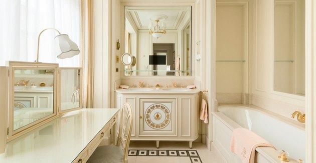 Ritz Paris bathroom