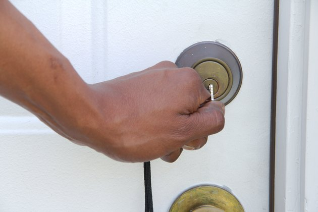 How To Get A Stuck Key Out Of A Lock Quickly Hunker