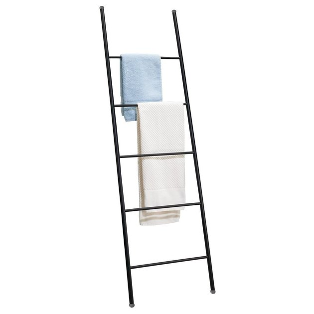 Black ladder towel rack with five rungs