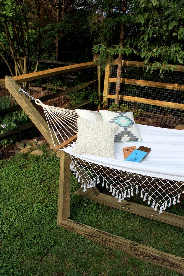 DIY weekend project: how to make a wood hammock stand