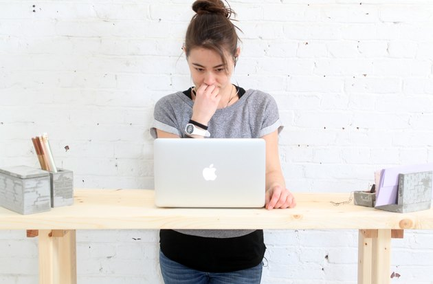 Four foot desktop gives ample elbow room