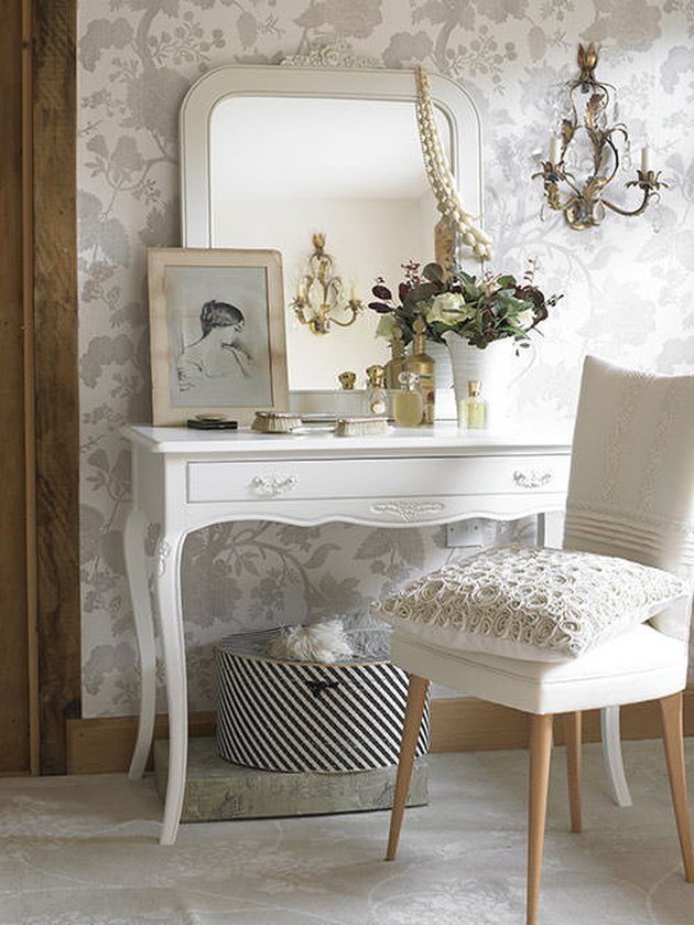 French style dressing table with cabriole legs