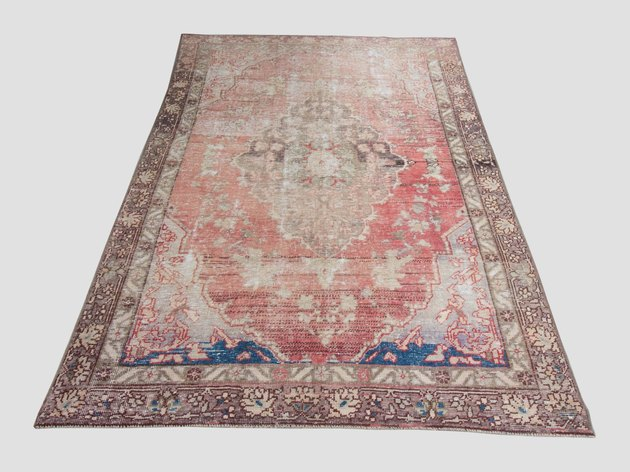 Vintage rose variegated area rug