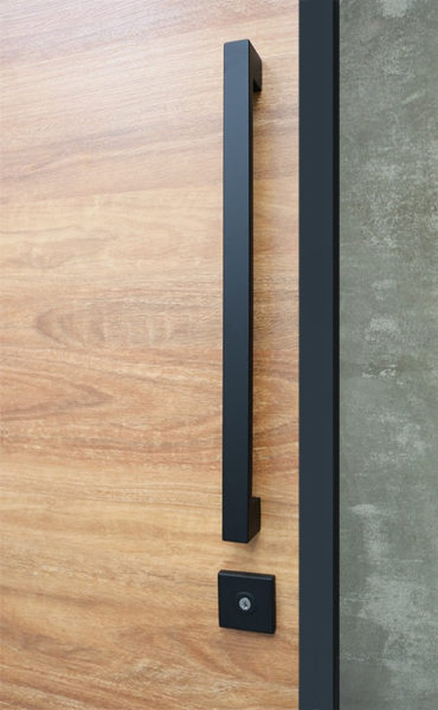 front entry pull set