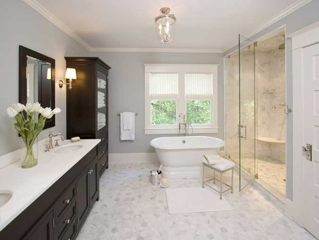 neutral toned bathroom with cultured marble features