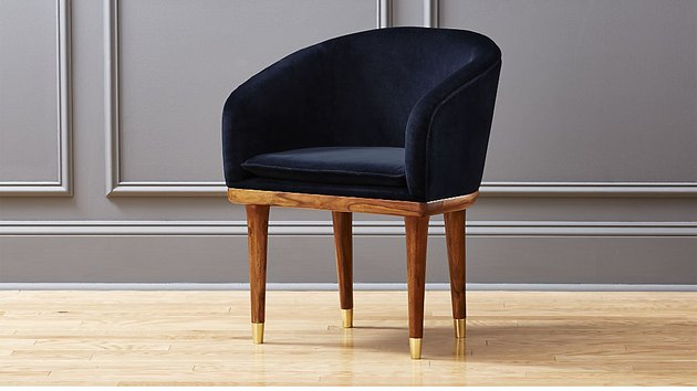 tub-shaped dining chair