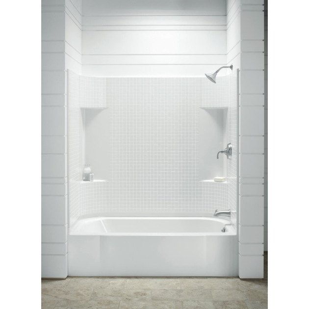 Sterling Accord Bathtub Wall Set
