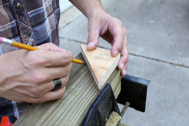 draw a 45 degree line on ends of all wood posts   hammock stand DIY