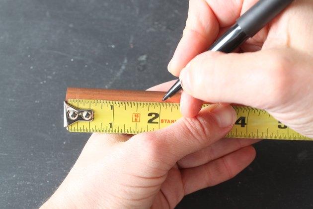 Marking a cut line