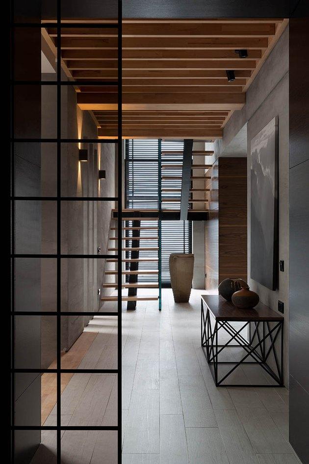 Japanese minimalist stairwell