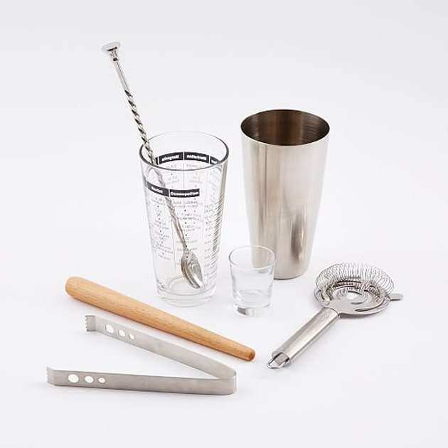 shaker and mixology tools