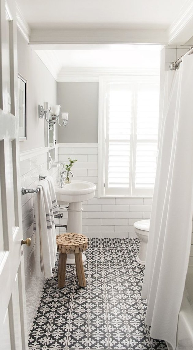Tile Ideas for Small Bathrooms