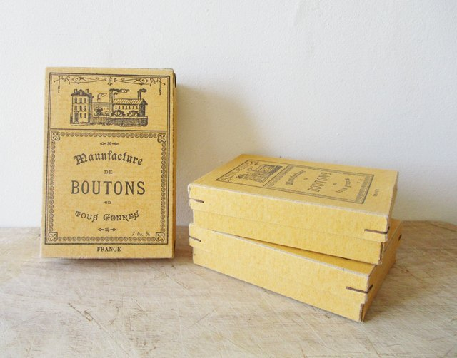 french button boxes