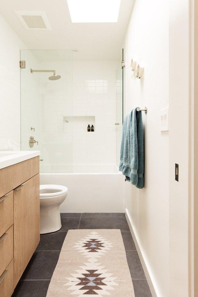 These 8 Bathroom Ideas Are the Reason We Love a Good ...