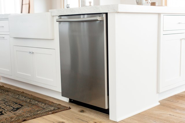 The Best Dishwasher: 2020 Buying Guide | Hunker