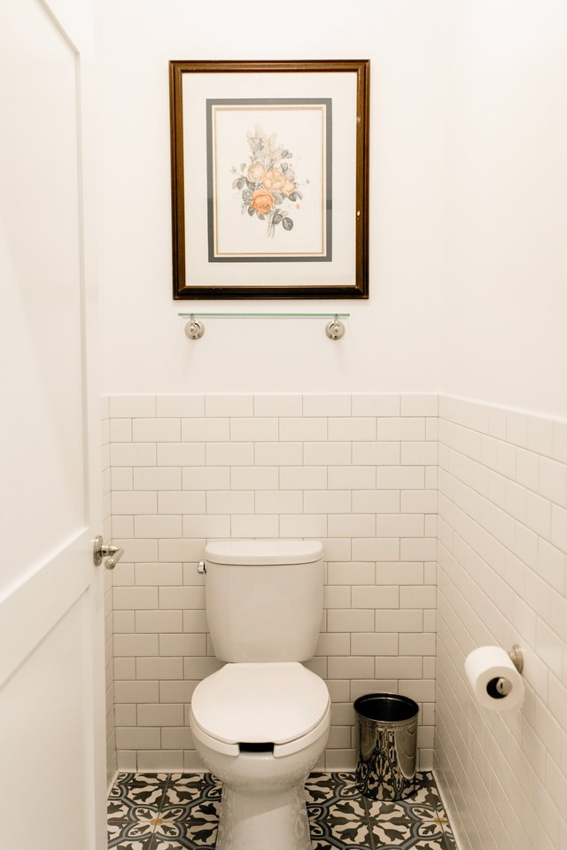 Cleaning Rust Stains From A Toilet Tank Hunker
