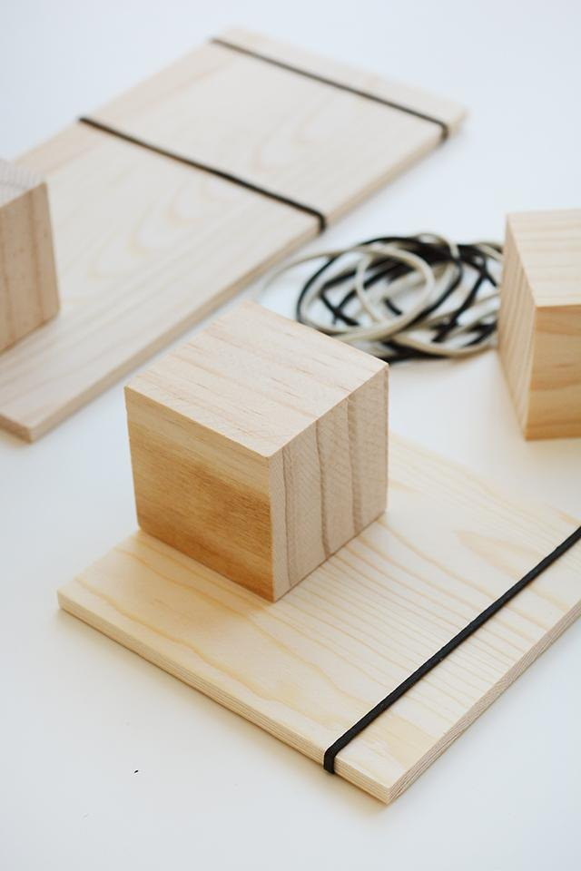 Modern Wood Block and Elastic Frames
