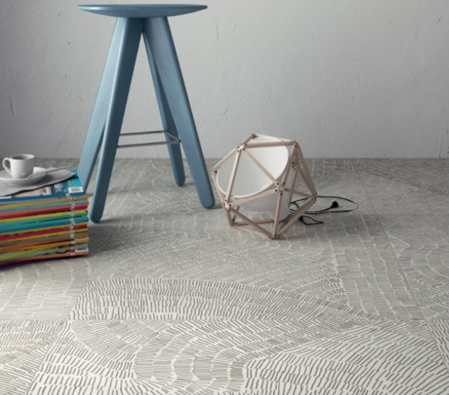 Fossil floor tile manufactured by Refin Ceramiche