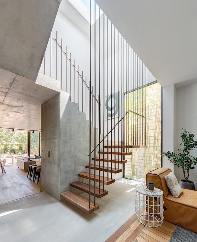 8 Floating Staircase Ideas That Will Uniquely Elevate Your Interiors | Hunker