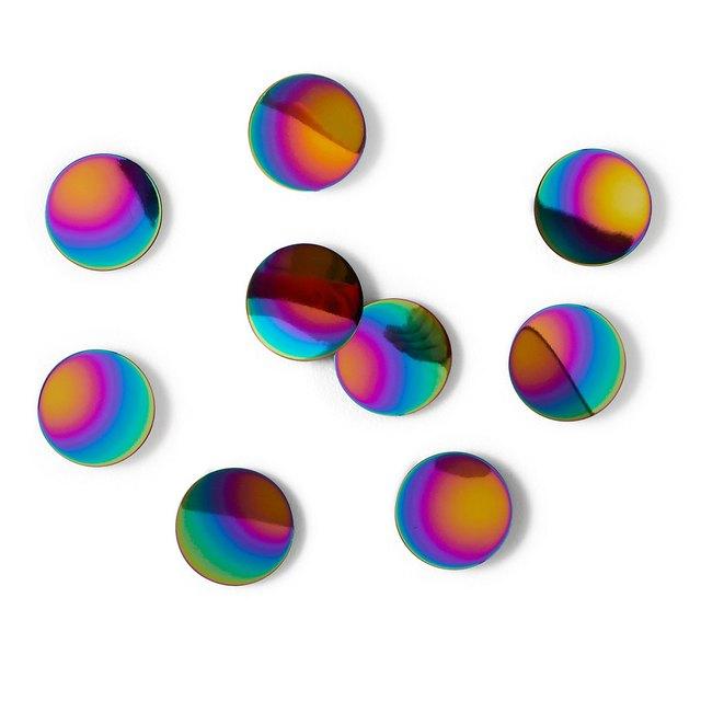 iridescent wall dots