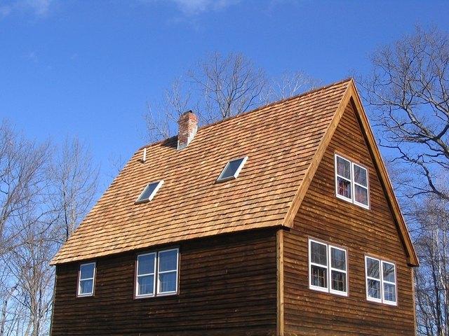 new cedar shake roof on saltbox house