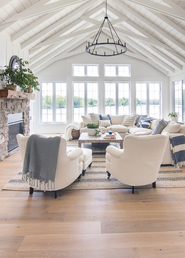 Rustic Beach Decor Ideas That'll Bring the Seaside to You | Hunker
