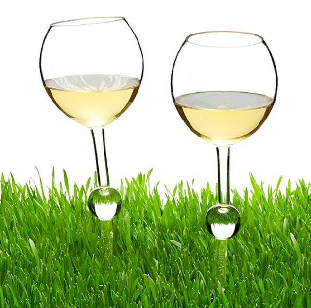 Uncommon Goods Outdoor Wine Glass Set