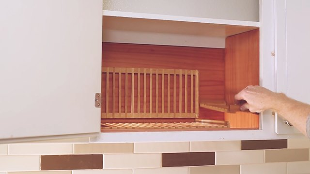 Placing cup rack inside the cabinet