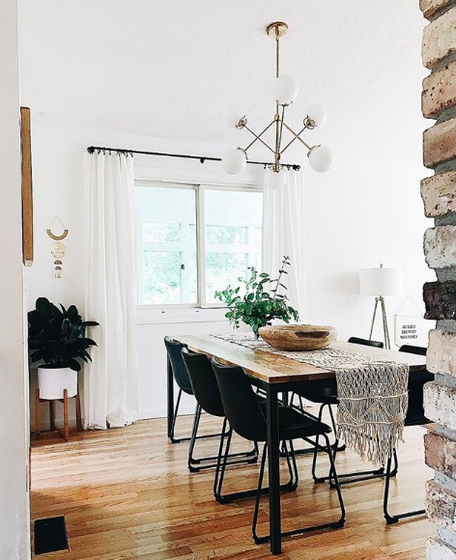 19 Ideas For Creating A Modern Dining Room: Recreating This Bohemian Dining Room Is Easier Than Making