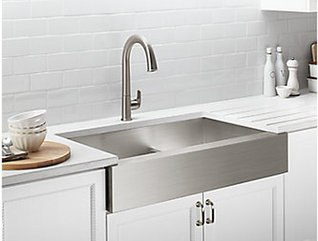 Pros And Cons Of Farmhouse Sinks Hunker