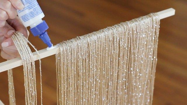 Gluing strings to dowel