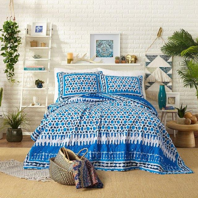 Justina Blakeney the bungalow quilt