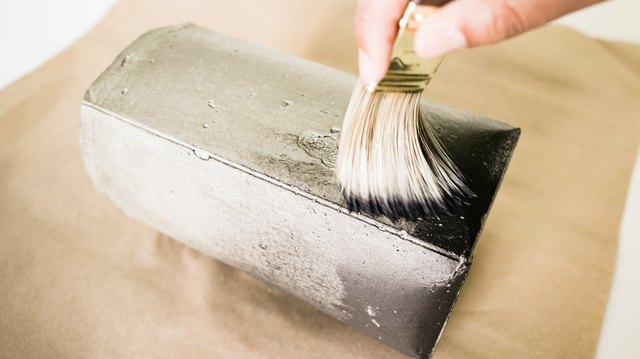 DIY Concrete Container for Kitchen Utensils