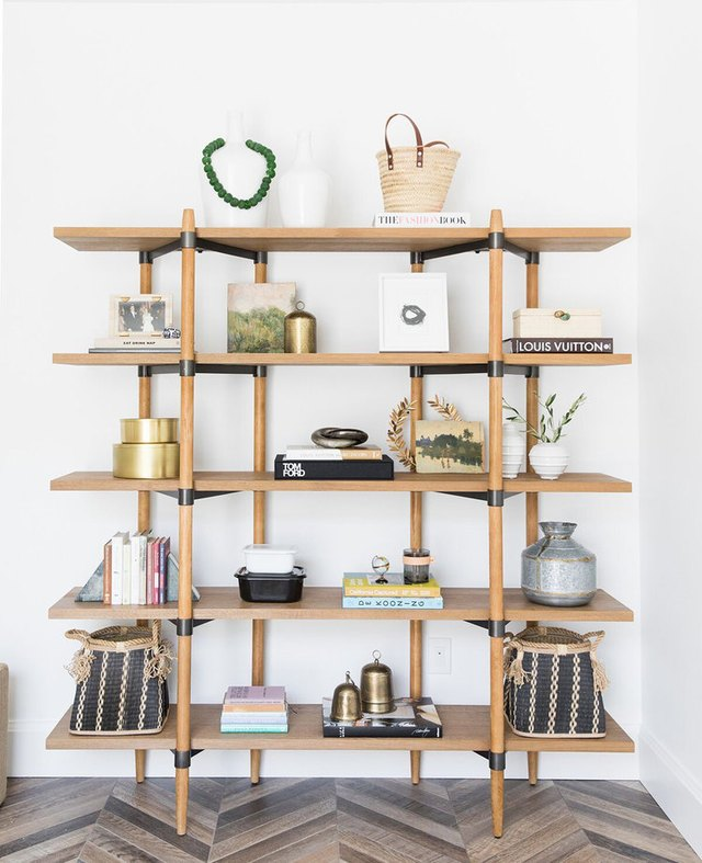 How to Use Decorative Accents to Style a Bookshelf