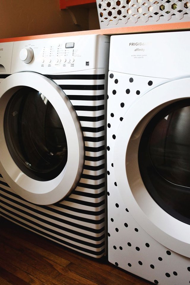 washer and dryer makeover in laundry room