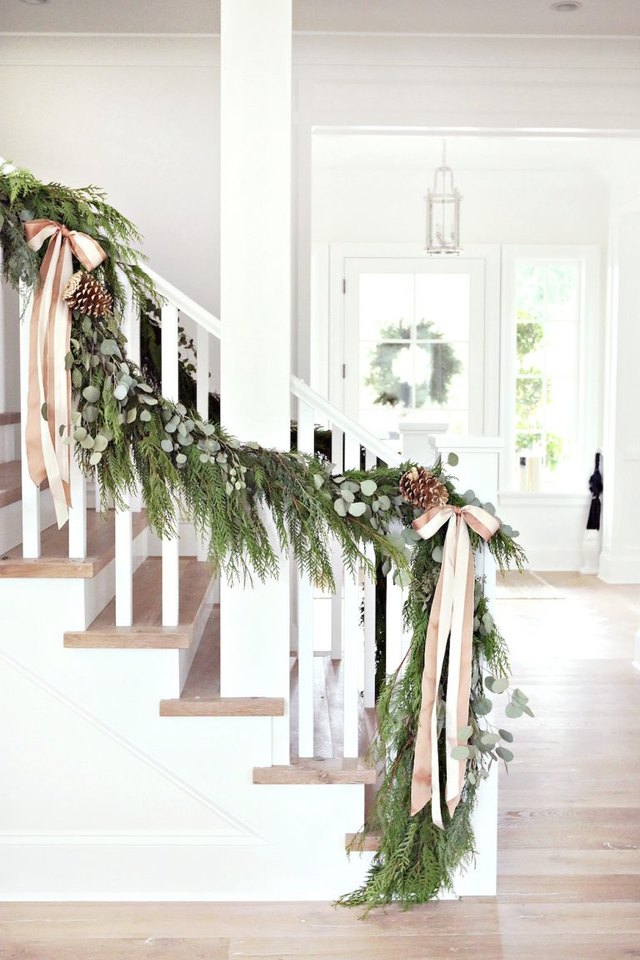 Step Up Your Game With These Christmas Decorations for Your Stairs   Hunker