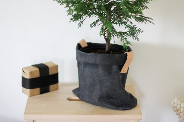 Waxed canvas Christmas tree stand
