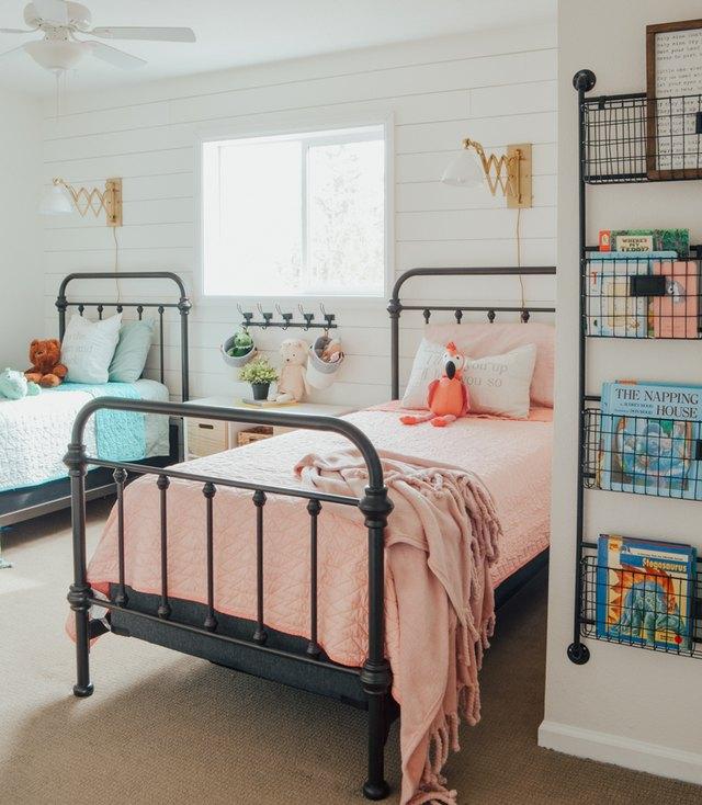 8 Modern Bedroom Lighting Ideas: 7 Modern Farmhouse Bedroom Lighting Ideas