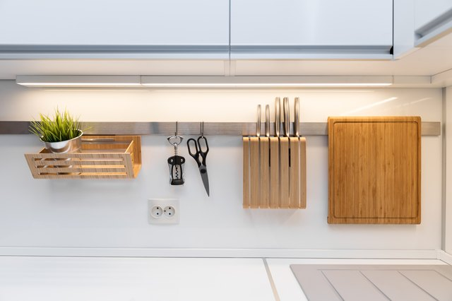 How to Take a Cover Off a Fluorescent Kitchen Light | Hunker