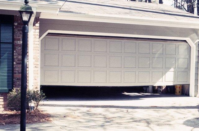 Programming And Troubleshooting Genie Garage Door Openers