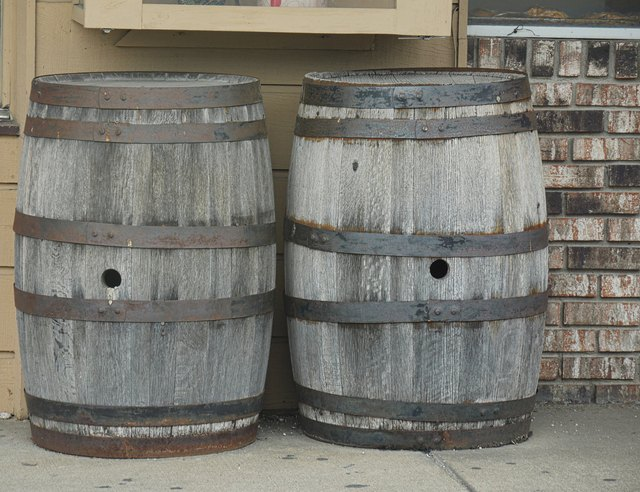 How To Prep Varnish A Wine Barrel Hunker