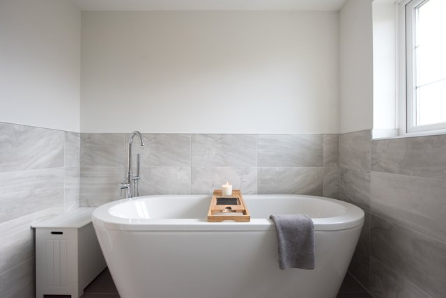How to Polish a Bathtub   Hunker