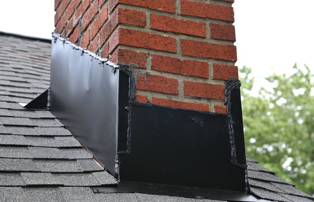 Difference Between Counter Flashing Amp Step Flashing Hunker