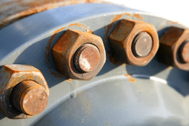 How to Remove Rust From a Bolt | Hunker