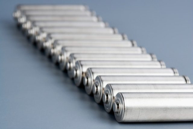 The Differences Between Dry Cell Batteries & Alkaline Batteries   Hunker