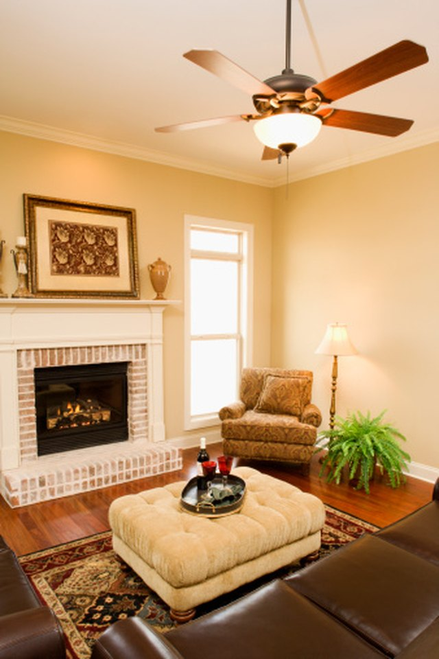 How To Manually Operate A Remote Control Ceiling Fan Hunker