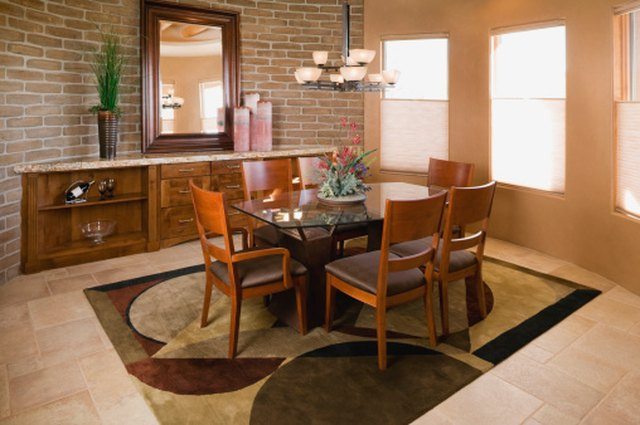 How Much Fabric Is Needed for 6 Dining Room Chairs? | Hunker